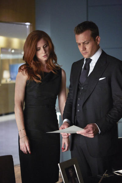 Sharing with Harvey - Suits Season 4 Episode 9