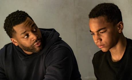 Atwater Questions a Suspect - Chicago PD Season 4 Episode 21
