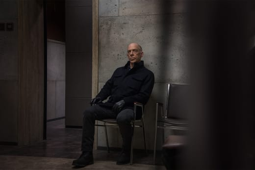 Waiting - Counterpart Season 1 Episode 2