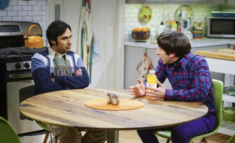 Raj and Howard Take a Break - The Big Bang Theory Season 10 Episode 13
