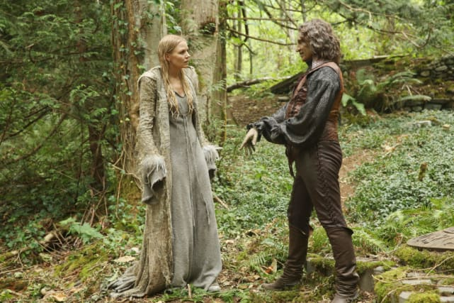 Two Dark Ones? - Once Upon a Time Season 5 Episode 1
