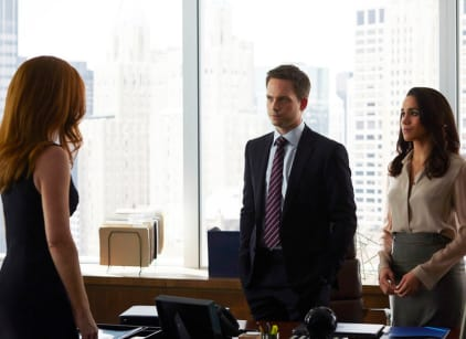 Watch Suits Season 4 Episode 15 Online