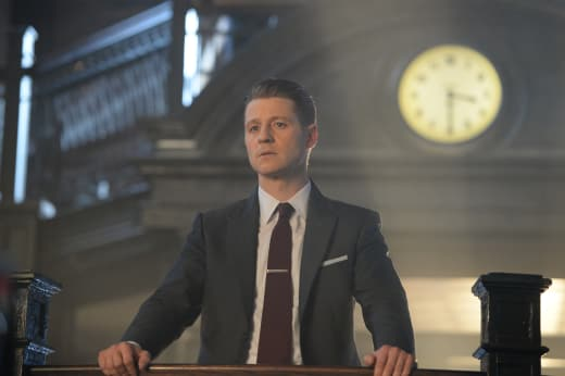 Jim Oversees the GCPD - Gotham Season 4 Episode 11