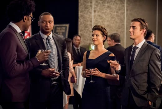 Secret Keepers  - Arrow Season 7 Episode 8
