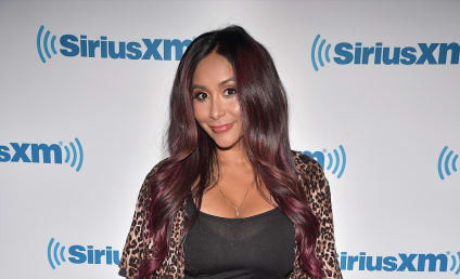 "Jersey Shore Twist: Nicole ""Snooki"" Polizzi Spotted Filming!"