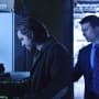 Cole and Aaron Partner Up - 12 Monkeys Season 1 Episode 6