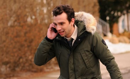 Jay Baruchel Previews Man Seeking Woman, Dating a Troll