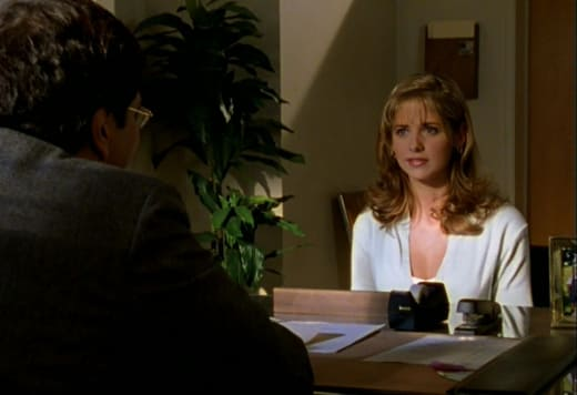 Buffy, The Sophomore - Buffy the Vampire Slayer Season 1 Episode 1