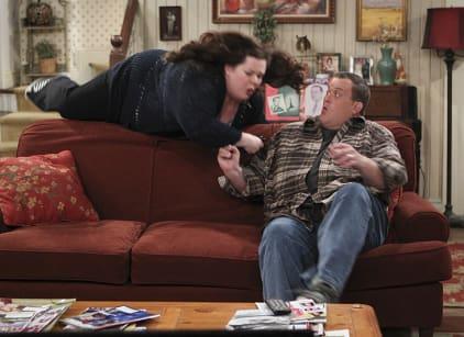 Watch Mike & Molly Season 5 Episode 2 Online