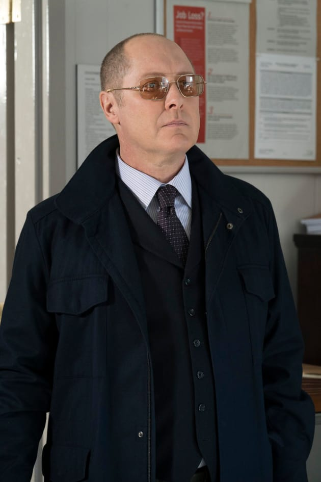 Red looks cool - The Blacklist Season 4 Episode 17