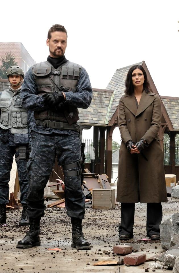 Eduardo and Lee - Gotham Season 5 Episode 6