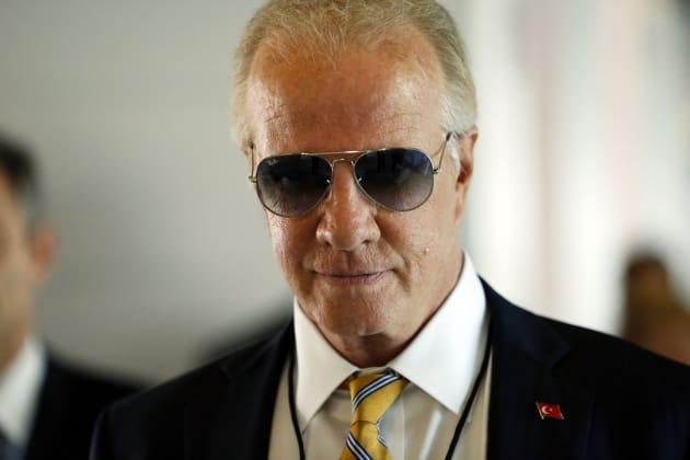 Um, Joe Biden? - The Blacklist Season 6 Episode 2