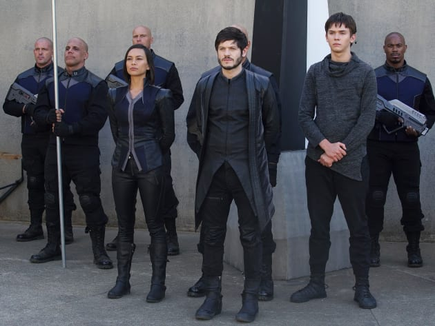 Two Sides But Only One Can Win - Marvel's Inhumans Season 1 Episode 7