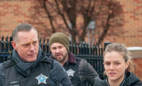 Find This Guy - Chicago PD Season 6 Episode 17