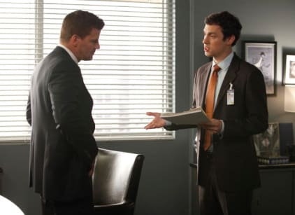 Watch Bones Season 8 Episode 5 Online