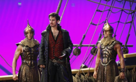 Behind the scenes with Colin O'Donaghue - Once Upon a Time Season 4 Episode 16