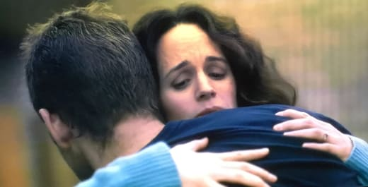 A Hug Goodbye - The Haunting of Hill House Season 1 Episode 2