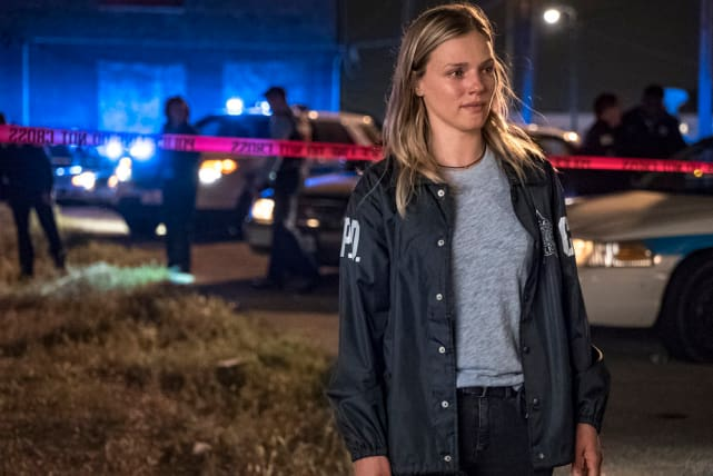 Scene of the Crime - Chicago PD Season 5 Episode 6