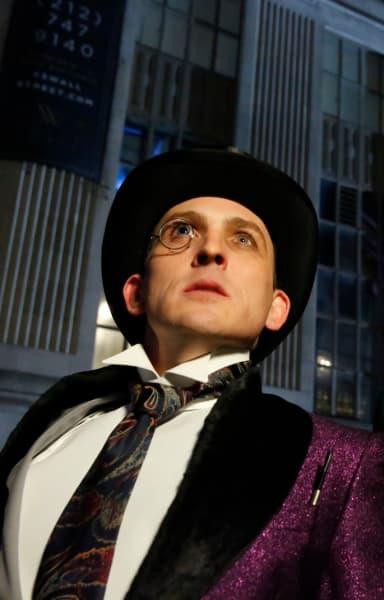 Classic Penguin - Gotham Season 5 Episode 12