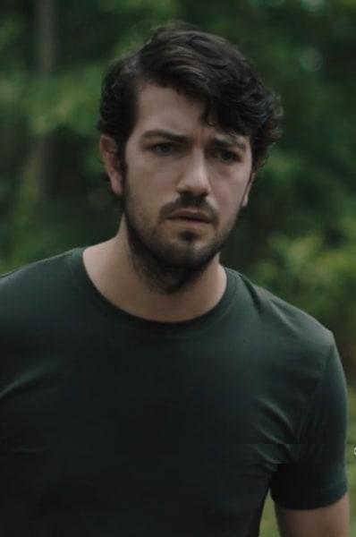 Davis Makes His Own Plan - Queen of the South Season 4 Episode 13