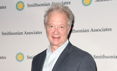 Jeff Perry Attends Scandal Red Carpet Event