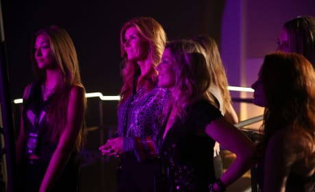 Rayna Spotted! - Nashville Season 4 Episode 1