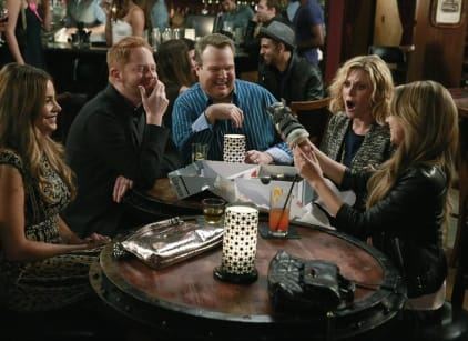 Watch Modern Family Season 6 Episode 10 Online