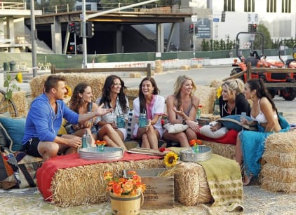 Watch The Bachelor Season 19 Episode 2 Online