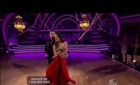 Danica McKellar & Val Chmerkovskiy: Foxtrot