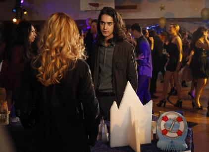 Watch Twisted Season 1 Episode 14 Online