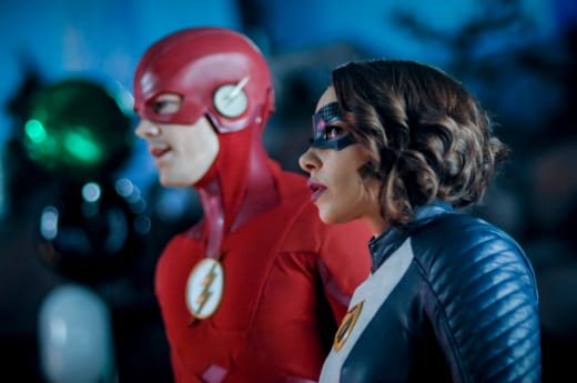 Flash and XS Suit Up - The Flash Season 5 Episode 17