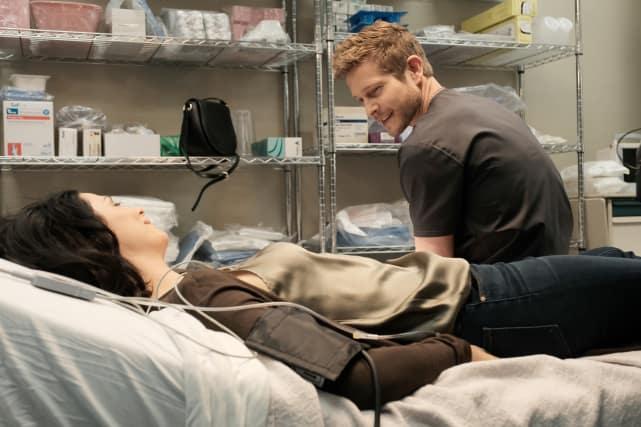Former Love - The Resident Season 1 Episode 9