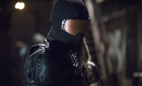 Beware The Vigilante - Arrow Season 6 Episode 5