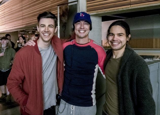 Celebratory Smiles All Around - The Flash Season 3 Episode 19