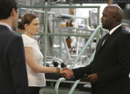 Watch Bones Season 5 Episode 12 Online