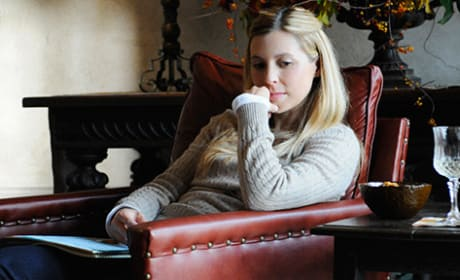 Sarah LaFleur as Molly