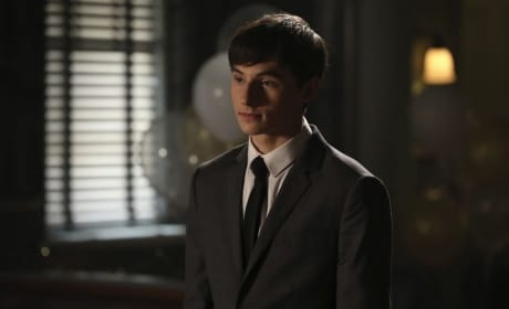 Handsome Henry - Once Upon a Time Season 6 Episode 8