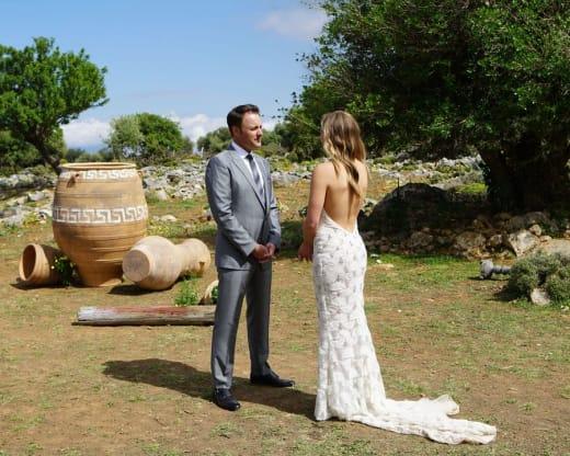 Hannah and Chris Harrison - The Bachelorette
