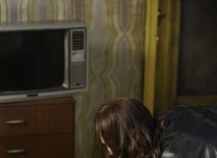 Watch Supernatural Season 5 Episode 1 Online