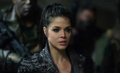 Commander Octavia — The 100 Season 4 Episode 12