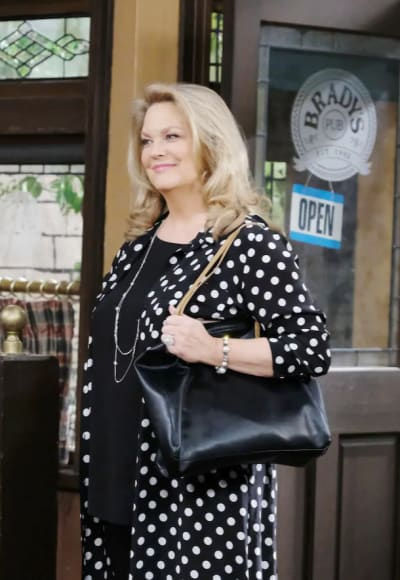 Anna Dimera Returns - Days of Our Lives
