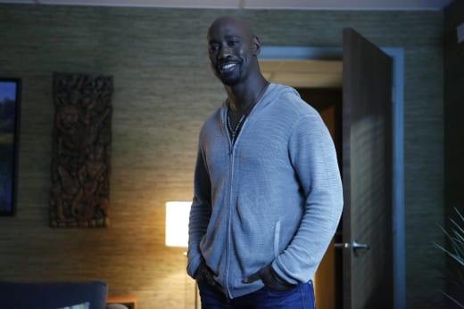 Big Smile - Lucifer Season 2 Episode 2