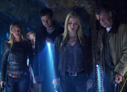 Watch Fringe Season 5 Episode 3 Online