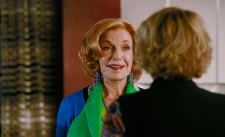 Martha Looks Happy - Castle Season 8 Episode 5