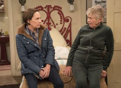 Watch Roseanne Season 10 Episode 6 Online