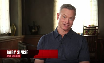 Criminal Minds: Beyond Borders - Gary Sinise & Alana De La Garza on Exciting Journeys & The Personal Touch!