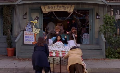 Lane's baby shower - Gilmore Girls