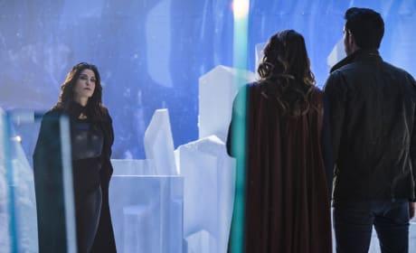 Queen Rhea is Back - Supergirl Season 2 Episode 17
