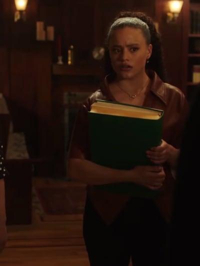 Maggie - Charmed (2018) Season 3 Episode 18 - Charmed (2018)