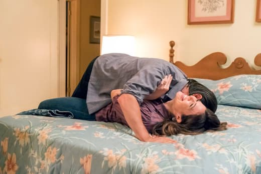 Love Is In the Air  - This Is Us Season 2 Episode 6
